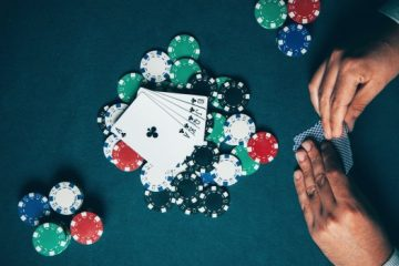 Important Tips for Winning Online Poker